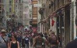 İstiklal Caddesinde Tam Teçhizat Dolaşan Kamuflajlılar