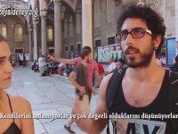 Bir Turistin Türk Kızları Hakkındaki Yorumu