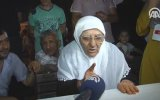 80 Yaşındaki Saliha Nine FETÖ'ye Meydan Okuması