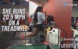 Koşu Bandında 33 Km Hızla Koşan Atlet  Erica Stewart