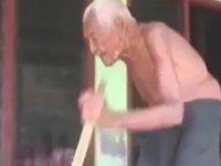 145 Yaşındaki Yaşlı Adam - Artık Ölmek İstiyorum