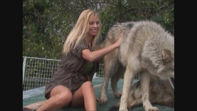 Hayvan porno Erotik hikayeleri 2015 Yeni   Sikiş Hikaye
