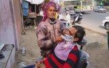 Hindistan Sokak Hizmetleri Seyyar Berber