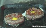 Mangalcı Dedeler  Yumurtalı Kaşarlı Hamburger