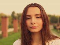 Rumen - Türk Şarkıcı - Melissa Esra