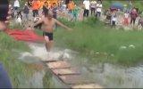 Su Üstünde 125 Metre Yürüyen Adam