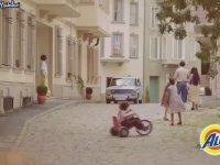 Zeki Müren ALO 40. Yıl Reklamı (Uzun Versiyon)
