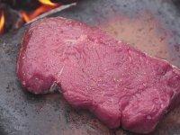 Doğa Ortamında Soslu Biftek Yapımı