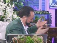 Adnan Oktar'ın Kaşıklarla Döktürüyor