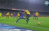 Neymar'ın Malaga'lı Defans Oyuncusunu Pazara Göndermesi