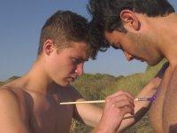 Eşcinsel Takvimi için Üryan Pozları Veren Kayıkçılar (+18)