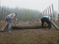 Hunharca Ağaç Kesen Adamlar