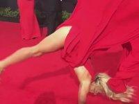 Jessie Graff - Kırmızı Halı Taklası