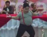 Dansı ile Düğünü Coşturan Velet