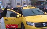 Kısa Mesafe Diye Engelliyi Almayan Taksiciler