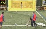 Lionel Messi ve Luis Suarez'in Drone'yi Vurma Kapışması