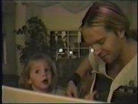 Zakk Wylde'ın Kızıyla Şarkı Söylemesi (Şirinlik İçerir)