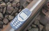 Efsane Telefon Nokia 3310'a Tren Testi