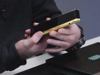 En Pahalı Android Telefonunun Kutu Açılışı - Solarin