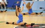 Litvanyalı Amigo Kızların Kötü Dansları