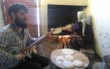 Tandırda Ekmek Yapılırken Türkü Söylemek