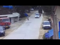 Drift Atarcasına Kaza Yapan Çinli