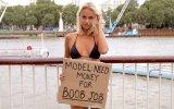 İnsanlardan Memelerini Büyütmek İçin Para İsteyen Model