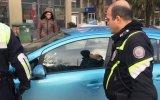 Çaldıkları Otomobilde Uyuyan Avanak Hırsızlar