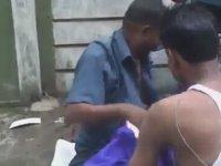 Hindistan - Sokak Ortasında Kişisel Bakım