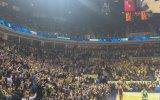 Fenerbahçe Taraftarından Yeniden İzmir Marşı