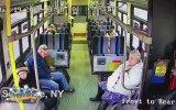Otobüsün İçinde Minibüsün Çarptığı Adam