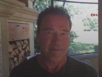 Arnold Schwarzenegger'den Trump'a Çağrı İşini Bana Devret