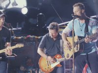 Michael J. Fox & Coldplay - Johnny B. Goode (New York - Canlı Performans)