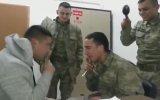Kaşık Şakasını Yutan Asker