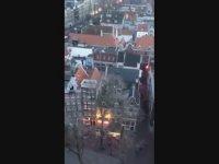 Amsterdam'da Kilise Çanı ile 'Fikrimin İnce Gülü' Çalmak