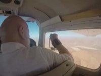 Uçağın Camını Açıp Fotoğraf Çekememek