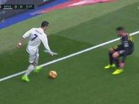 Ronaldo'nun Çizgi Üstündeki Fantastik Çalımı