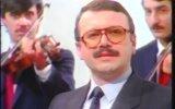 Prof.Dr.Hüsnü Can Başer  Sarı Güller 1985