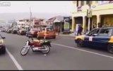 Sülalesi Rahat Adamın Motor Gösterisi