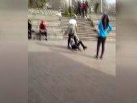Liseli Kızların Saç Saça Kavgası - Zonguldak