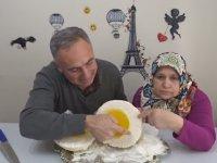 Dinozor Yumurtası Yapıp Anlatan Youtuberlar