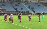 Trabzonsporlu Futbolculardan Maç Sonrası Kolbastı
