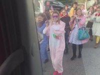 Almanya Sokaklarında Tırcı Ali Can'a Sürpriz
