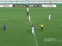 Orta Sahadan Attığı Golle Ülke Gündemine Oturan Futbolcu