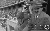 1936 Berlin Olimpiyatlarında Hitler'in Garip Hareketleri