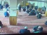 Camideki Hırsızlığa Cemaatten Rocky Yumruğu