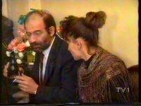 Bizimkiler 12. Bölüm - Bitmeyen Senfoni (1990)