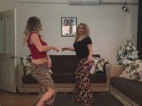 Trakyalı Kıvrak Kızların Dans Gösterisi