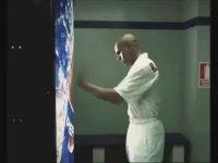Roberto Carlos Pepsi Reklamı