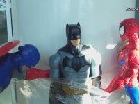 Düşük Bütçeli Amerikan Dublaj Süper Kahraman Hikayesi